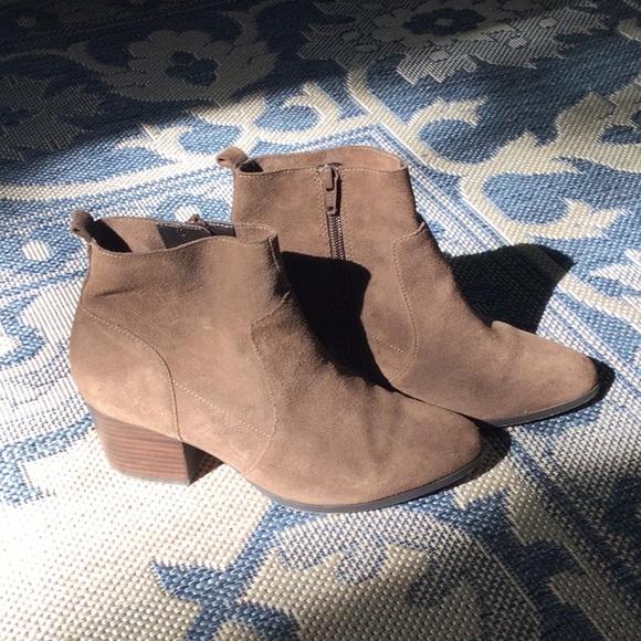 Tan Suede Block Heel Boots